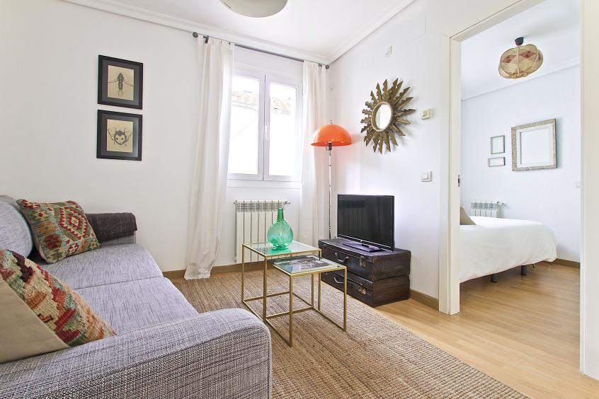 Beautiful Apartment In Madrid With All The Amenities