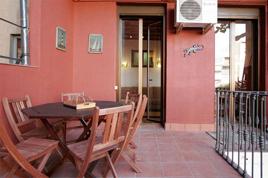 Tetuan apartment - Apartment in Barcelona for 8 people