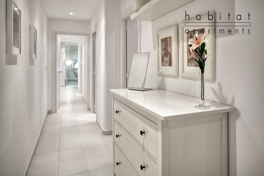 Blanc apartment apartment in barcelona for 4 people - Appartement hal ...