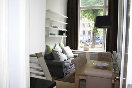 canal studio amsterdam livingroom b Nuevos apartamentos en Amsterdam!