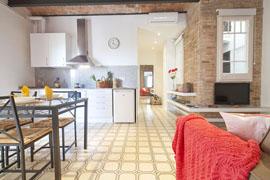 Damm 0-4 apartment