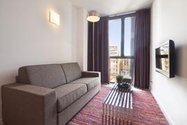 GIR80 Standard Suite 4 apartment
