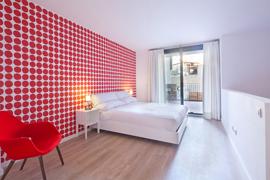 GIR80 Suite Duplex apartment