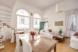 Great penthouse in the heart of the historic center in Rome