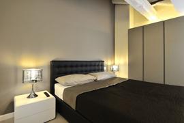 Appartement moderne et élégant avec des larges fenêtres et une belle vue sur les canaux.