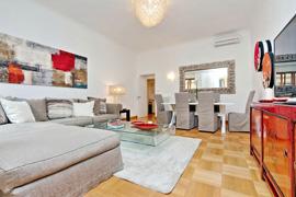 Ripetta Violet apartment