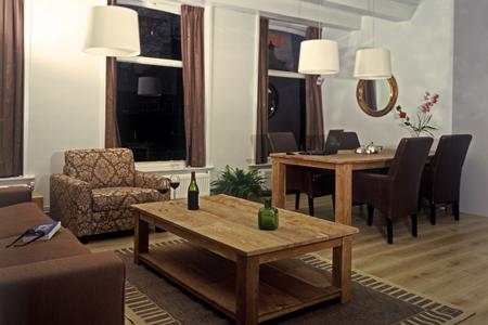 emperor5 amsterdam living room b Habitat apartments the best location in Amsterdam
