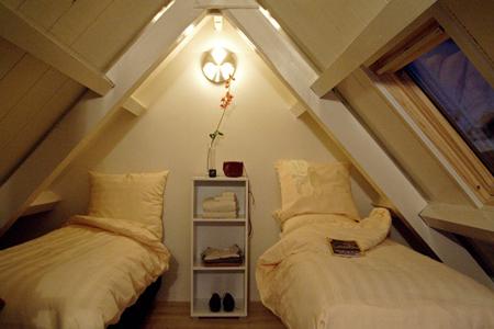 emperor7 amsterdam bedroom b Habitat apartments the best location in Amsterdam