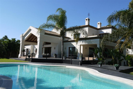 gorgeous villa and big pool in Marbella