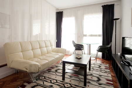 horizon fuencarral apartment madrid sofa bed b Escapada romántica a Madrid con Habitat apartments!