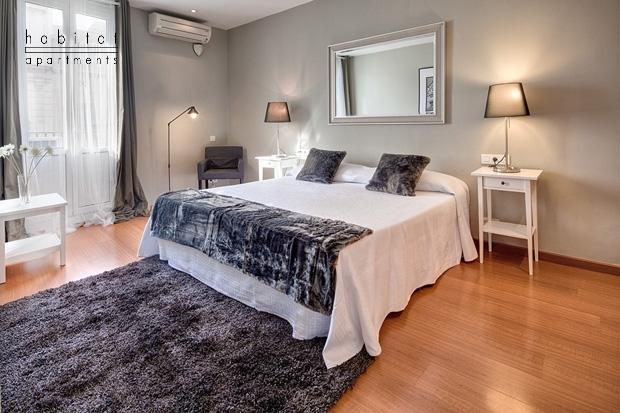 lauria cosy apartments barcelona bedroom b Lauria Cosy apartment   Barcelona