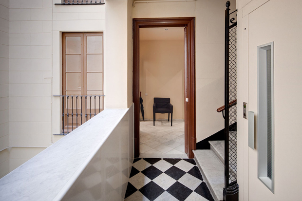 Lauria Veranda Apartment in Barcelona