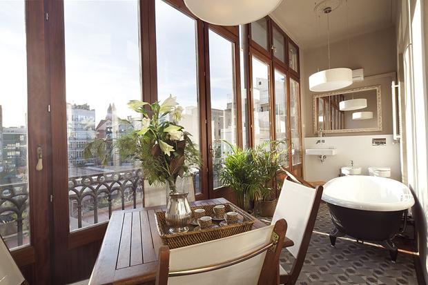 luxury rambla a apartment barcelona gallery a b Luxury Rambla Catalunya Apartment in Barcelo
