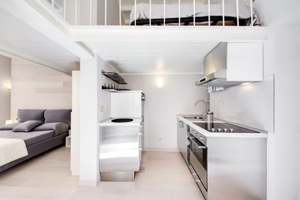 montecitorio loft apartment rome kitchen b Montecitorio Loft apartment in Rome