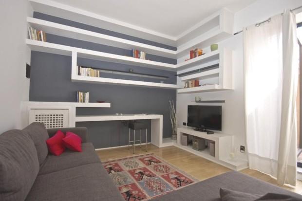pineto attic apartment rome sofa b The Pineto Attic apartment   Rome