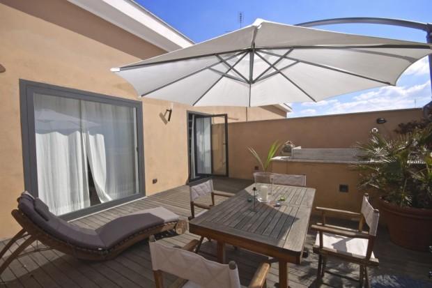 pineto attic apartment rome terrace forniture b The Pineto Attic apartment   Rome