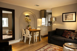 Cosy one bedroom ground floor apartment with elegant decoration and style located in Amsterdam.