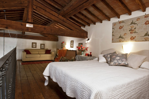 signoria view florence apartment bedroom a b The Signoria View apartment – Florence