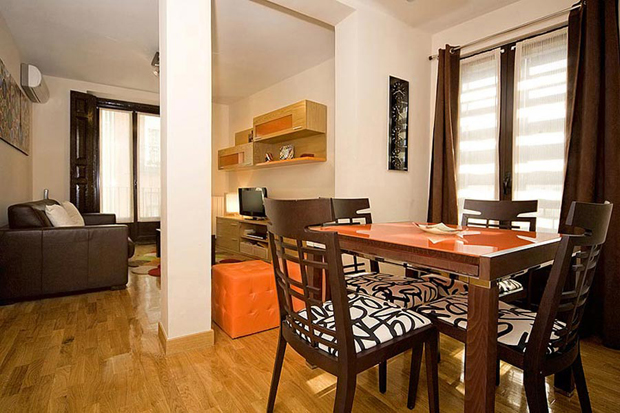 Third Floor Apartment in Madrid