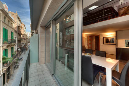 Barcelona Apartments with Balcony