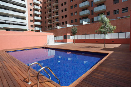 Apartments with Swimming Pool